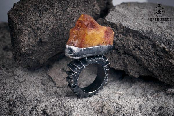 Erika Kundavičiūtė Keep The Silence Jewellery Rough Silver